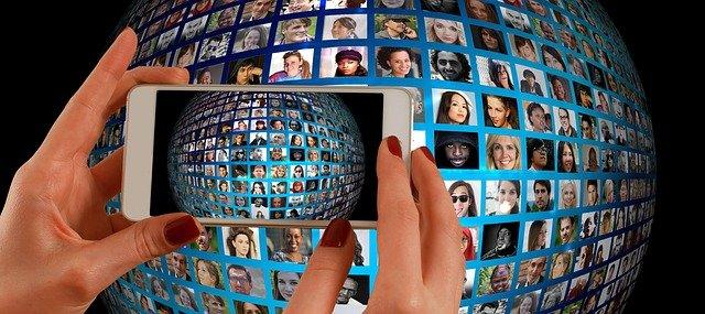 smartphone with a picture of a globe